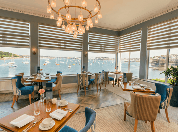 the-waters-edge-restaurant-bar-greenbank-hotel-falmouth-cornwall