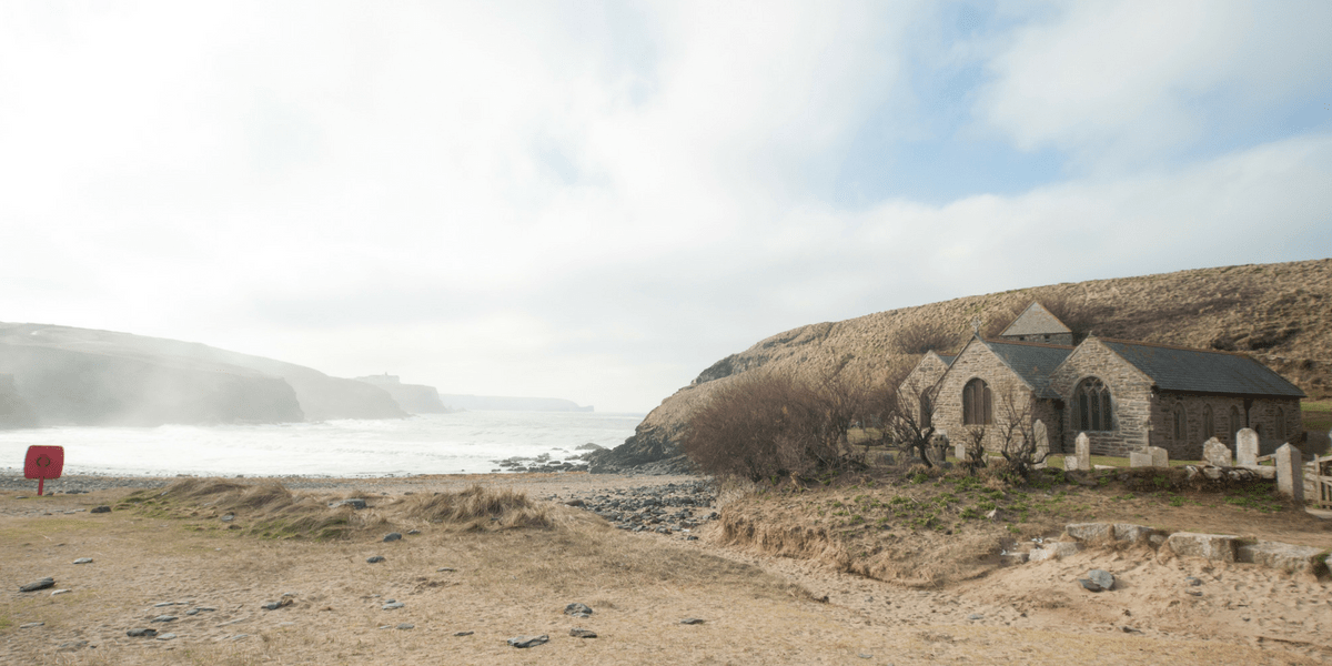 gunwalloe-church-cove-cornwall-poldark-locations-film-tv-ross-cornish