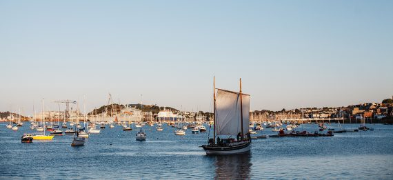 falmouth-week-greenbank-regatta-village-cornwall