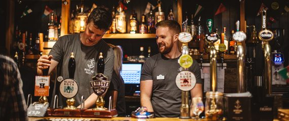 the-working-boat-pub-falmouth-cornwall-bar-staff
