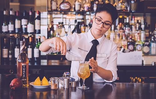 tuaca-crumble-cocktail-greenbank-hotel-bar-cocktail-bar-falmouth-cornwall-