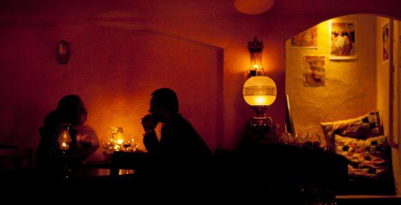 La-Cave-wine-bar