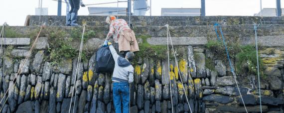 greenbank-beach-clean-falmouth-cornwall