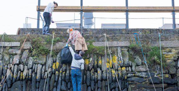 surfers-against-sewage-beach-clean-falmouth-cornwall