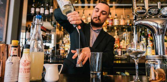 cocktail-bar-falmouth-waters-edge-bar-cocktail-menu-cornwall-gin-bar-greenbank-hotel