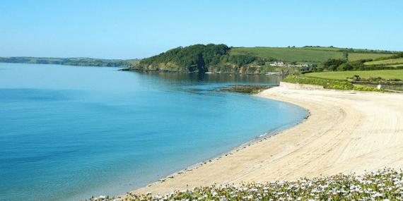 Gyllyngvase-beach-falmouth-cornwall