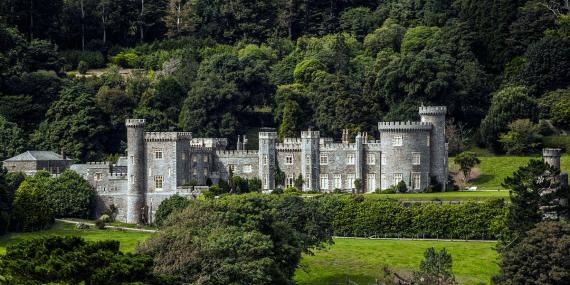 caehays-castle-gardens