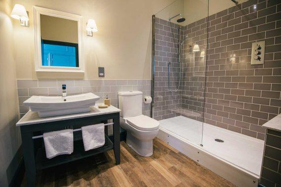 room-101-suite-greenbank-hotel3