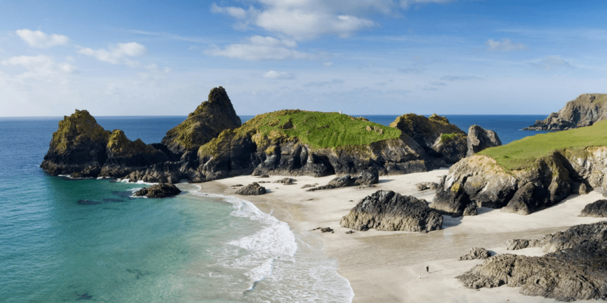 mullion-to-lizard-point-kynance-cove-coastal-path-cornwall-walks