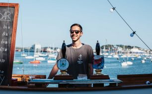 the-working-boat-pub-falmouth-cornwall-bar-beer-festival-falmouth-boat-staff