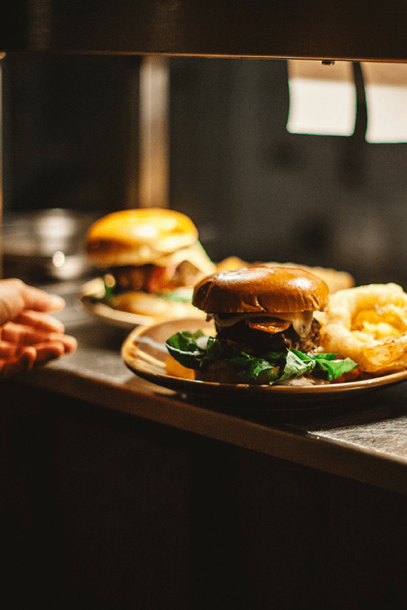 burger-and-pint-special-working-boat-offer-cornish-food
