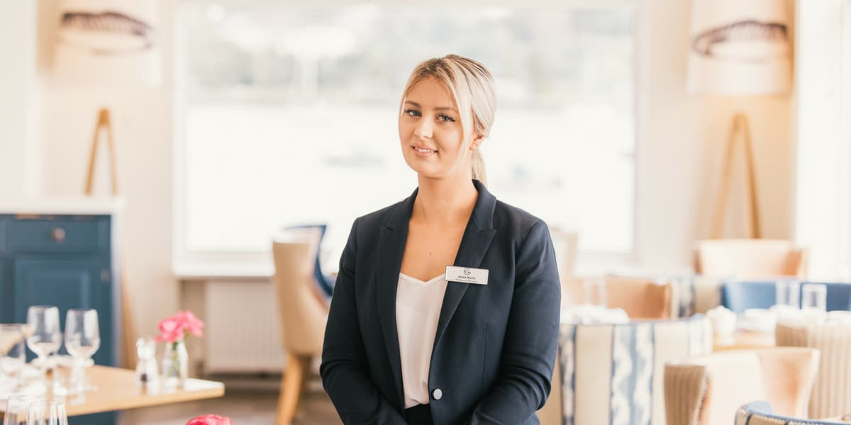 alisha-martin-restaurant-manager-falmouth-greenbank-hotel