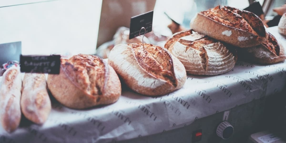 stones-bakery-falmouth-organic-breads-bakes-delicious-foods