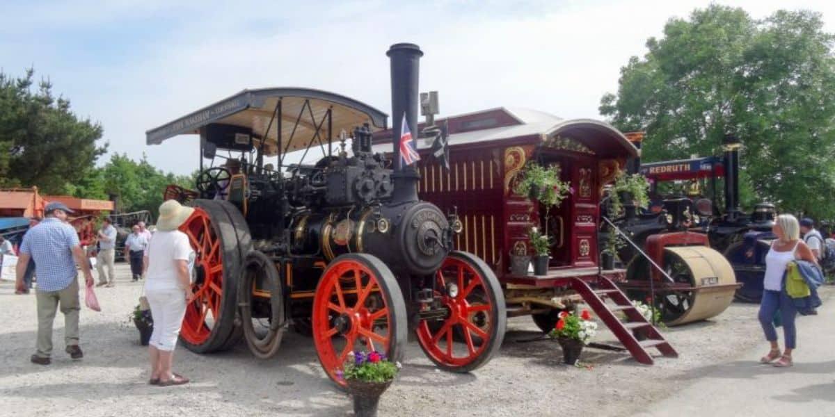 st-merryn-steam-train-vintage-rally-cornwall-the-greenbank-hotel