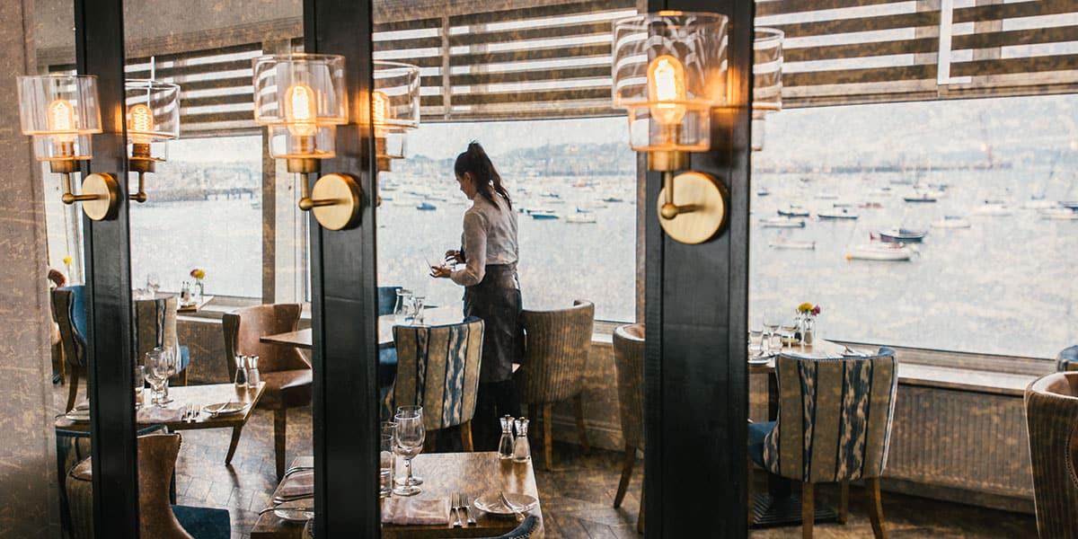the-greenbank-hotel-social-sundays-hospitality-action-cornwall