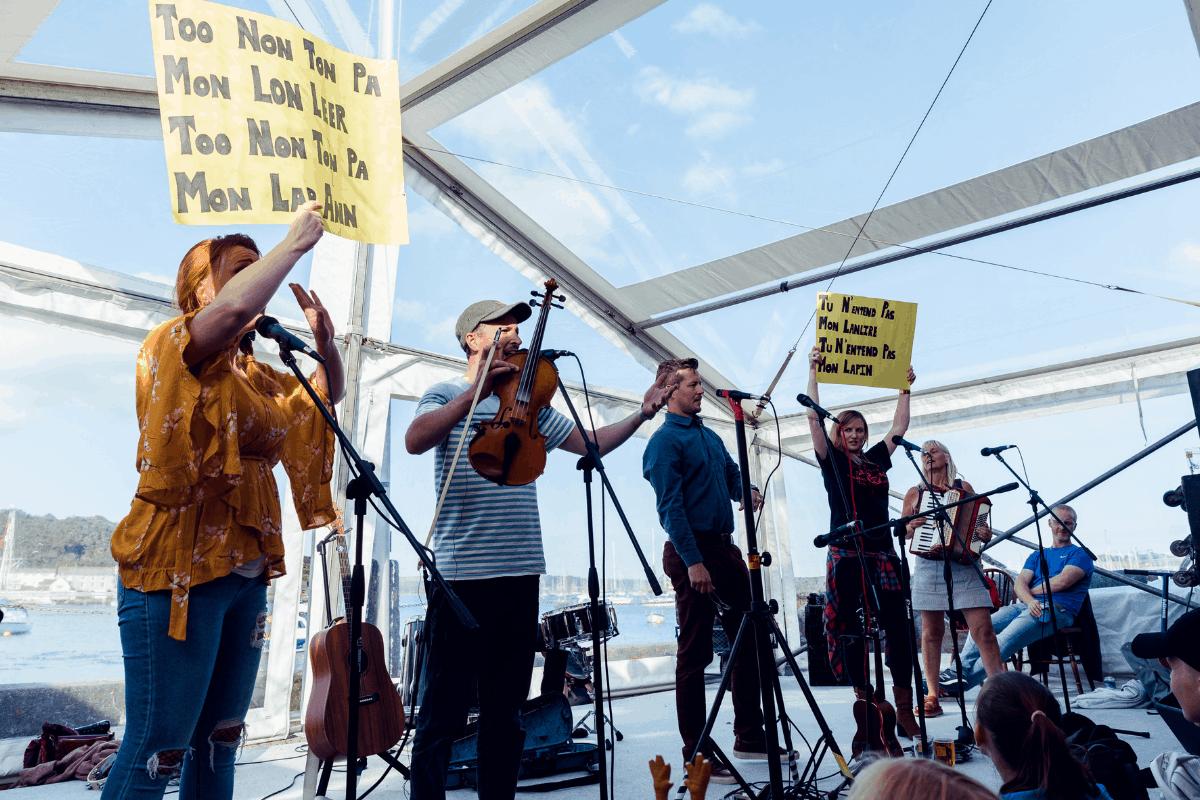 falmouth-sea-shanty-festival-2019-the-greenbank-hotel-cornwall-19
