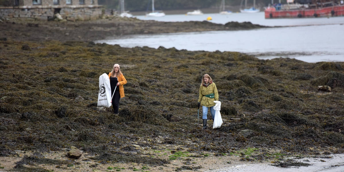 beach clean in falmouth - The Greenbank Hotel