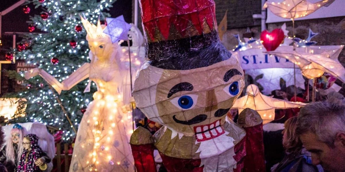 st-ives-lantern-parade-the-greenbank-hotel-things-to-do-in-december-cornwall-falmouth