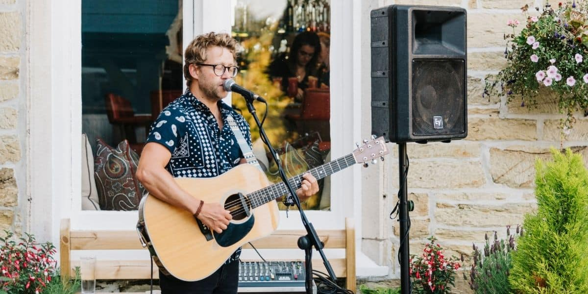https://www.greenbank-hotel.co.uk/wp-content/uploads/2021/05/whats-on-in-cornwall-this-june-2021-the-alverton-summer-garden-sessions.jpg