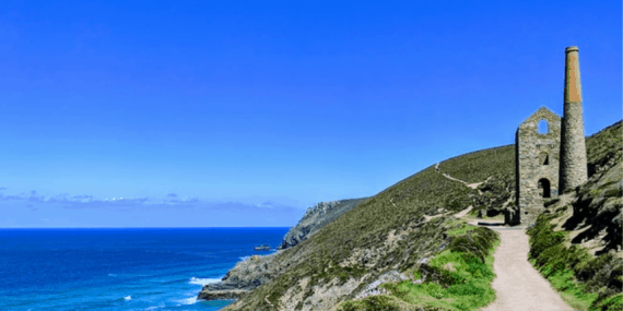 coastal-path-cornwall-tin-mine