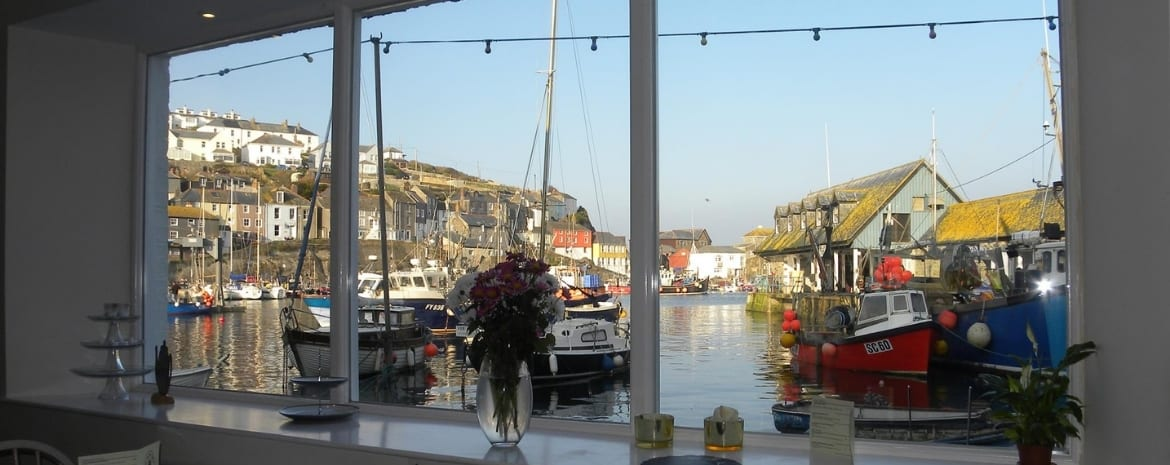 greenbank-hotel-cornwall-what-to-do-in-mevagissey-tea-on-the-quay
